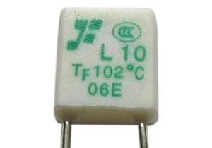 Hőbiztosíték  2A 102C°